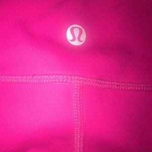 Neon pink lululemon leggings